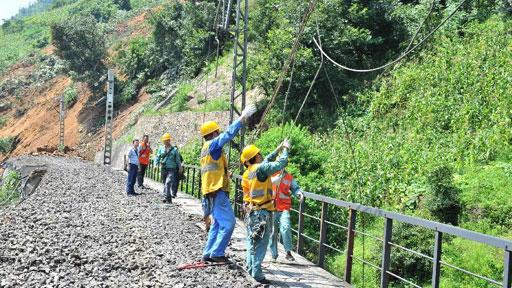 雲南大關發生山體滑坡致1人遇難 內六鐵路中斷