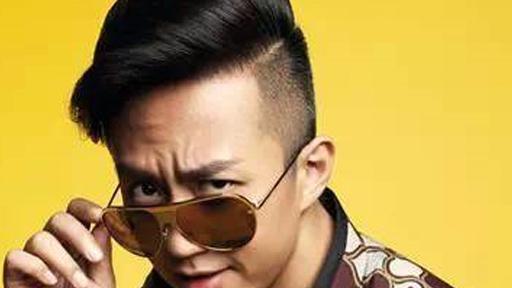 跑男队长邓超最新发型 时尚气质变男神