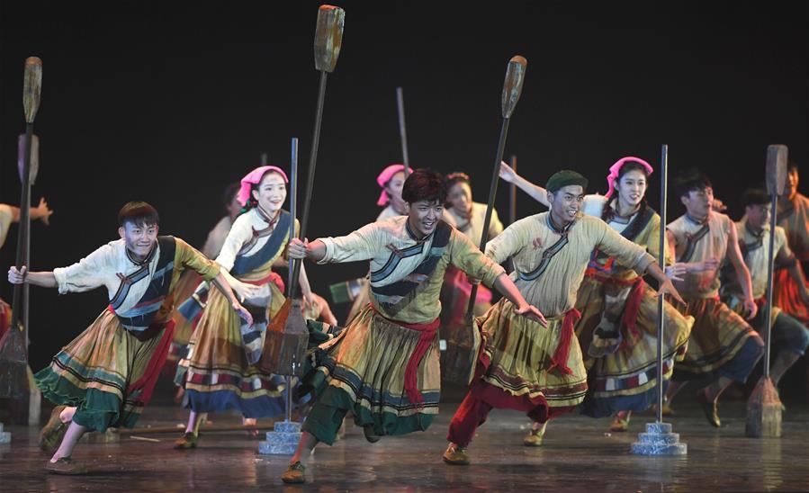 第十二届全国舞蹈展演在昆明举行